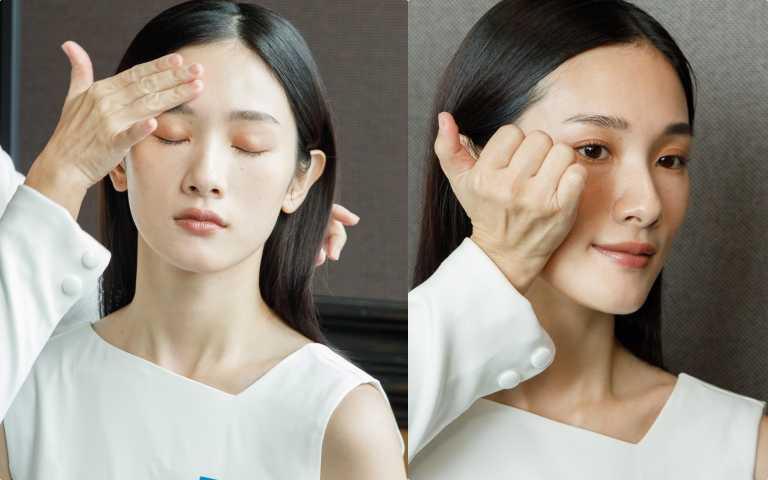 1.抹:全臉均勻塗抹前導型保養品,均勻塗抹全臉。2.提:用厚實的掌根拖住蘋果肌,定點往上提。 (圖/黃筱婷攝影)