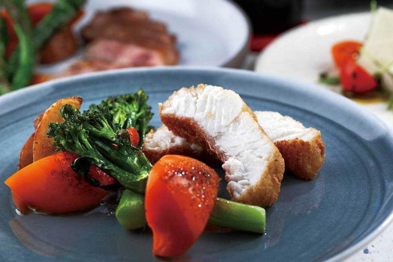 「海中寶物」使用的東星斑是海鱸魚的一種,又名紅鰷,肉質鮮嫩。(圖/于魯光攝)