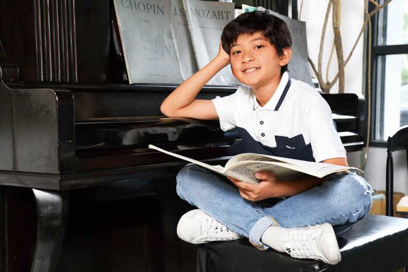 雖然目前朝戲劇發展,但有歌手夢的葉小毅希望未來成為家喻戶曉的唱跳歌手。(圖/彭子桓攝)