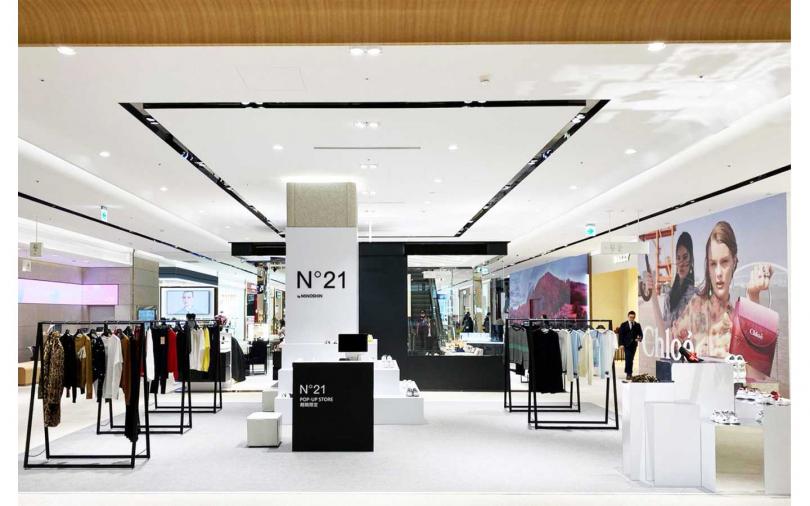 從服裝到配件、鞋款都可以在這次快閃店中找到。(圖/品牌提供)