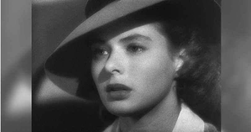 英格麗褒曼端莊優雅的容貌加上自然非凡的演技,在演出《北非諜影》後聞名於世,也被美國電影學會選為百年百大女演員的第四名。
