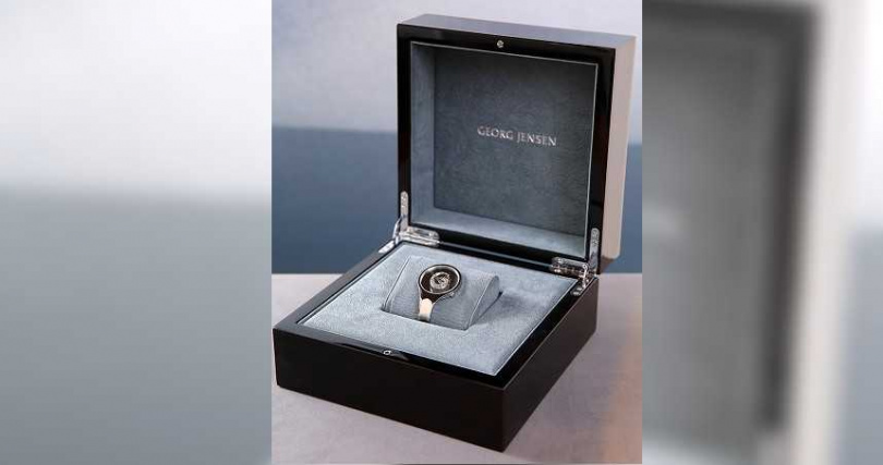 GEORG JENSEN「Vivianna Bangle」朵蘭錶2021限量珍藏款錶盒╱115,000元。(圖╱GEORG JENSEN提供)