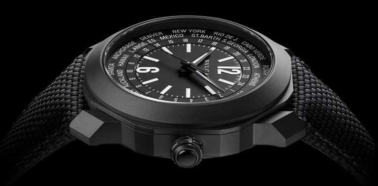 BVLGARI「Octo Roma WorldTimer」世界時區腕錶,41mm,DLC類鑽碳錶殼,BVL257型自動上鏈機芯,黑色織紋橡膠錶帶╱261,500元。(圖╱BVLGARI提供)