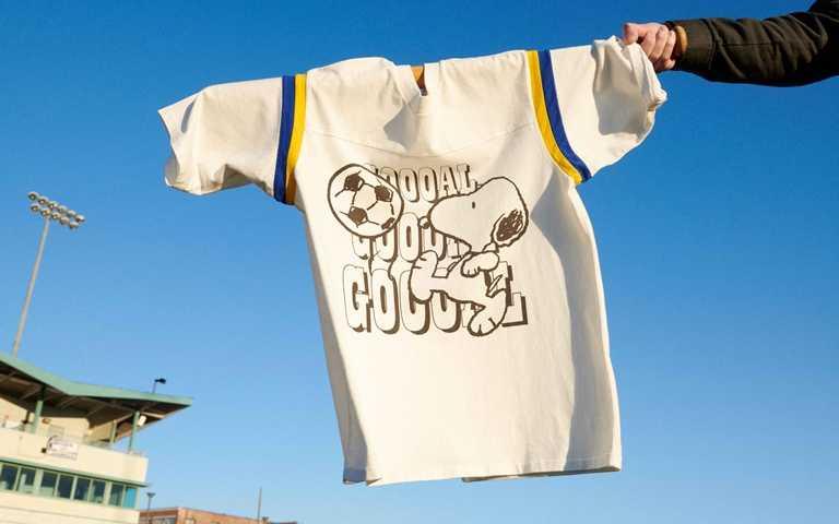 LEVI'S®與Snoopy聯名系列,將在8/4於LEVI'S®指定櫃點以及LEVI'S® Yahoo購物商城限量發售!(圖/LEVI'S)