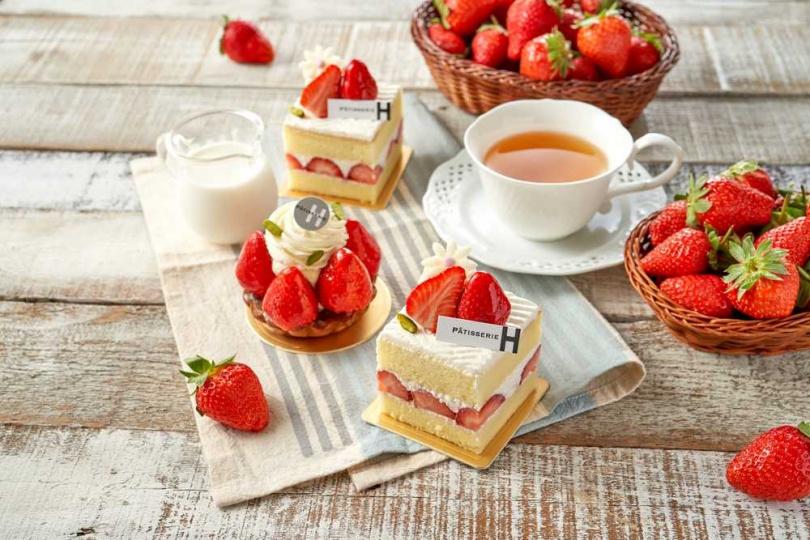 圖為草莓塔及草莓香堤香草蛋糕。