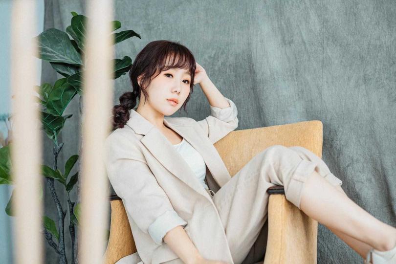 魏妙如推出新單曲《夢想的台北》,結合台語、國語及英語打造而成。