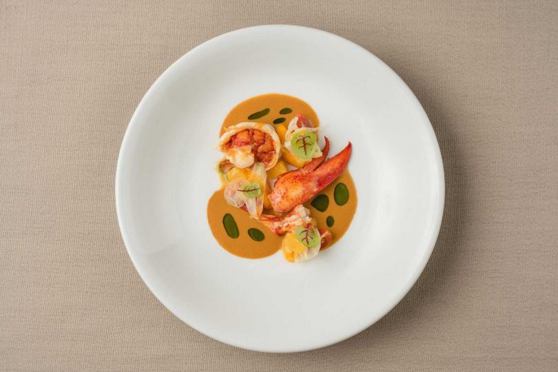 嫩煎龍蝦。(圖/Chou Chou法式料理餐廳提供)