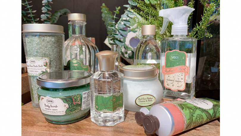 從視覺到嗅覺全都走綠色路線的「綠意叢林限量系列」,不分年齡不分性別都會一試就愛上。(圖/吳雅鈴攝影)