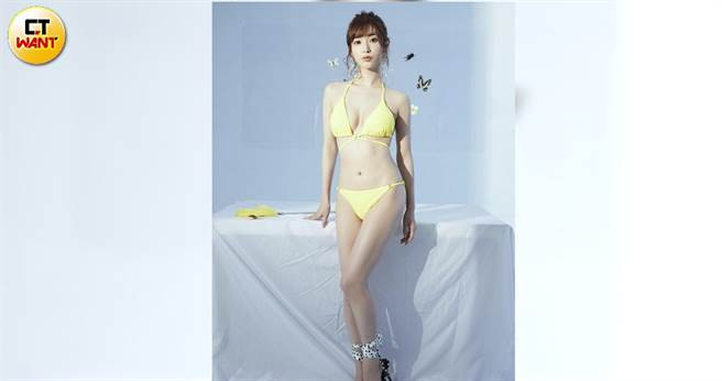 經紀公司人員很疼愛天使萌,讓她安心不少。(圖/JKF提供)