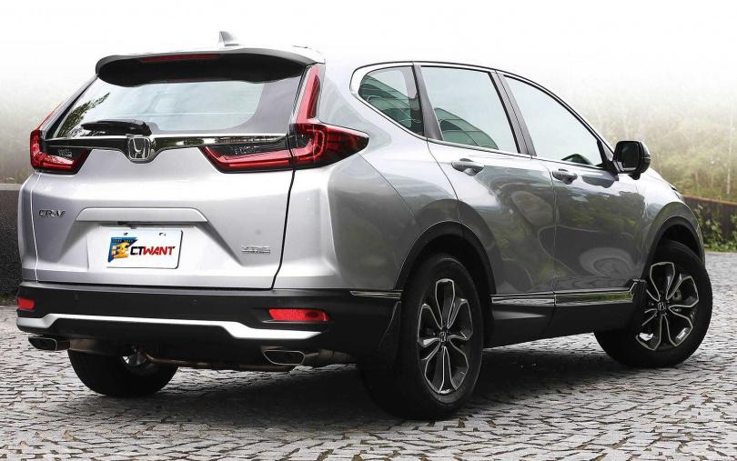 小改款的幅度雖然不大,但CR-V仍是目前最受歡迎的SUV。(圖/黃威彬攝)