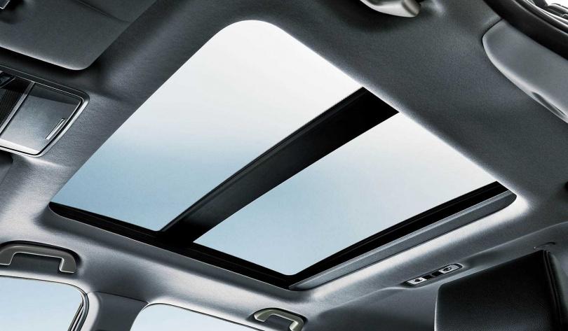 全景式電動天窗可提供車內光線更多變化。(圖/台灣本田提供)