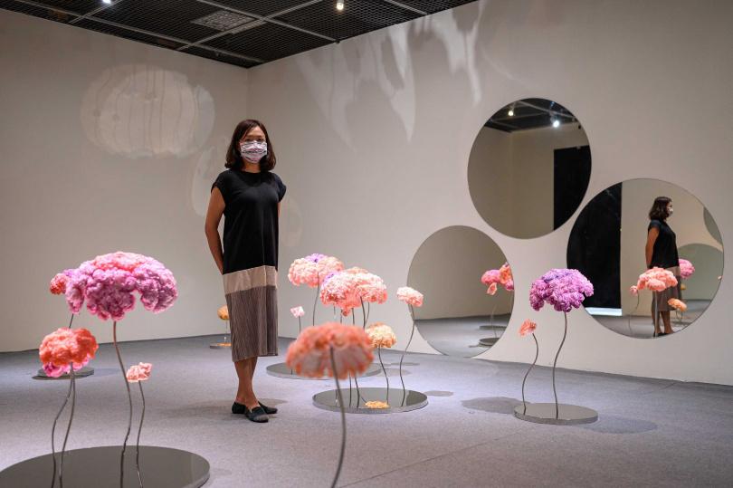 「歷史.當代」展覽,徐薇蕙作品《明:生命之花──青春》。(圖/台北當代藝術館提供)
