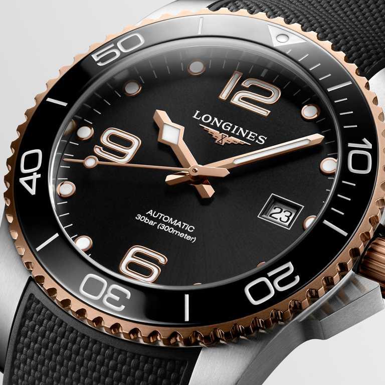 LONGINES「HydroConquest深海征服者」系列腕錶,黑色面盤款,41mm,不鏽鋼與玫瑰色PVD錶殼,黑色橡膠錶帶╱58,800元。(圖╱LONGINES提供)