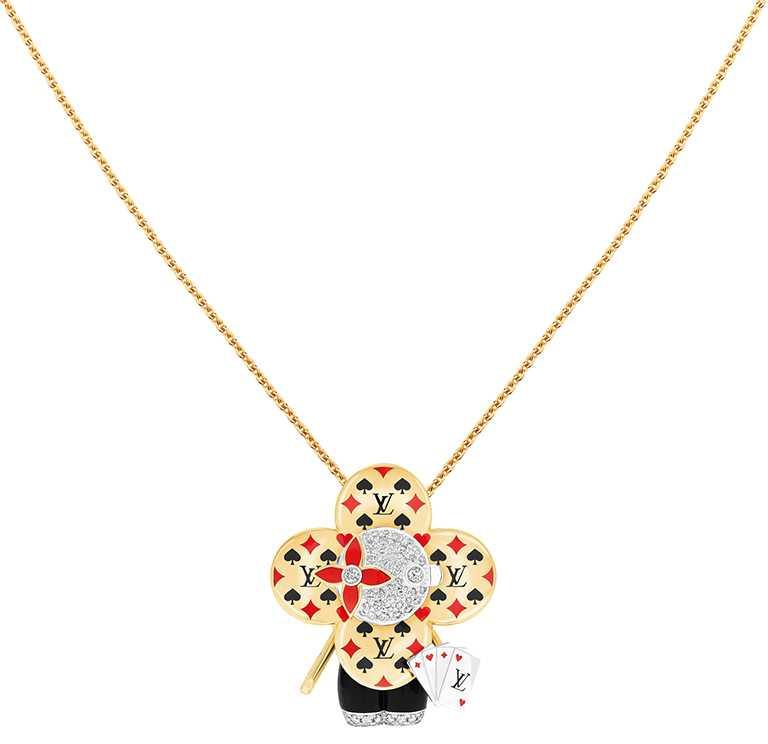 LOUIS VUITTON「Vivienne Casino」黃K金、白K金、鉑金及亮漆配鑽石吊墜╱990,000元。(圖╱LOUIS VUITTON提供)