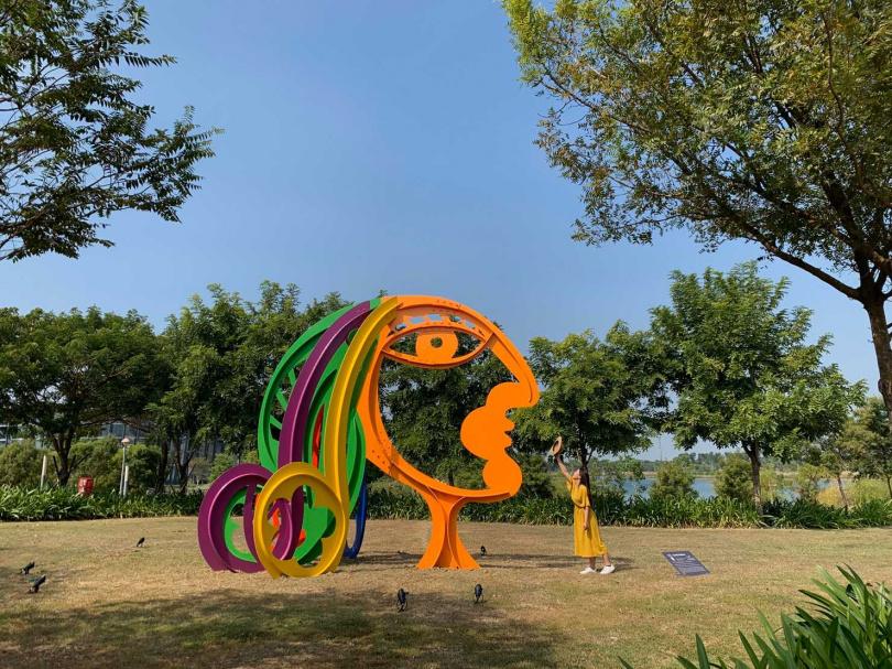 紐約雕塑家Nicolas Holiber的《Earth Mother》以大地之母為靈感創作。(攝影/官其蓁)