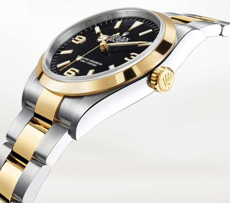 ROLEX「Oyster PerpetualExplorer」蠔式恒動探險家型腕錶,36mm,蠔式鋼、18K黃金錶殼,3230型自動上鏈機芯╱359,000元。(圖╱ROLEX提供)