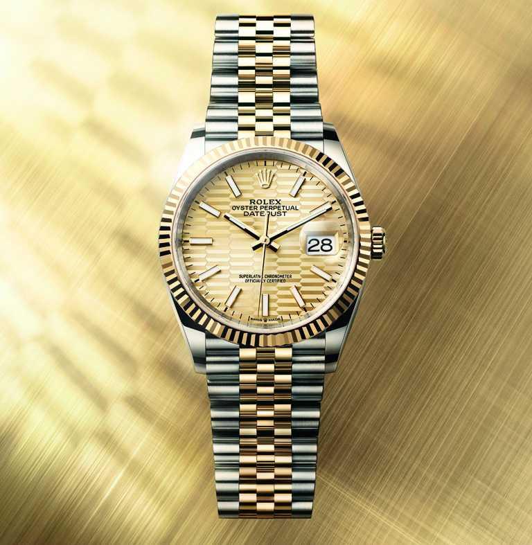 ROLEX「Oyster Perpetual Datejust 36」蠔式恒動日誌型36腕錶,36mm,蠔式鋼、18K黃金錶殼,金色錶盤、棕櫚葉圖案,3235型自動上鏈機芯╱366,000元。(圖╱ROLEX提供)