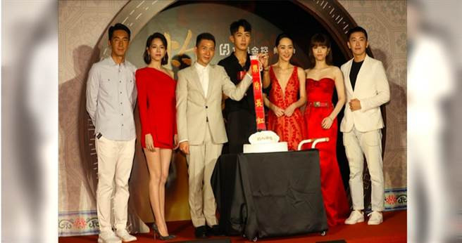 《灼人秘密》首映會導演與演員齊聚,7月19日正式上映。