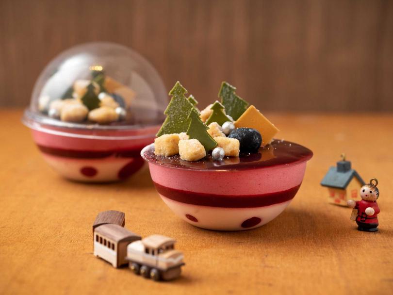 「冬之森林」造型甜點。(圖/台北君悅酒店Baguette禮品烘焙坊提供)