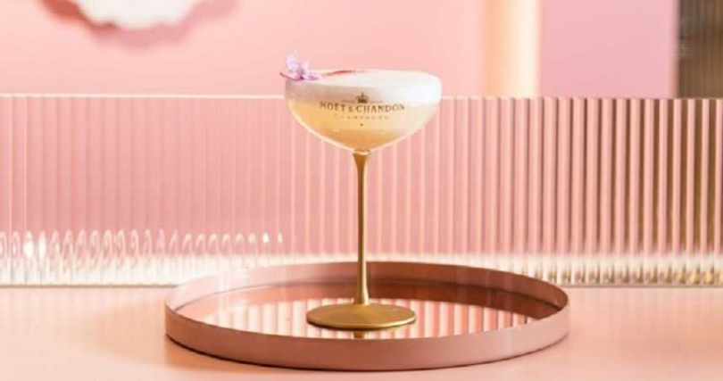 香檳調酒-Moët White  酩悅香檳白色泡泡蜂蜜橙花調酒。
