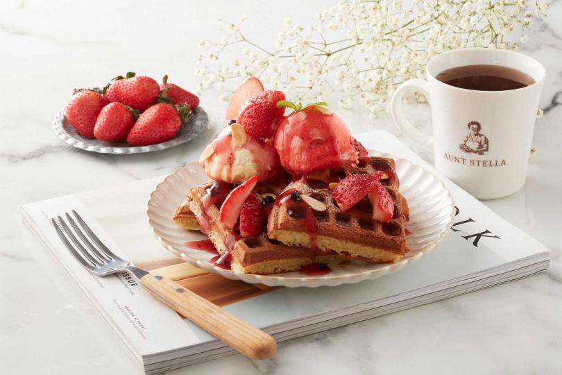 草莓佐野莓淋醬冰淇淋鬆餅。(圖/詩特莉提供)