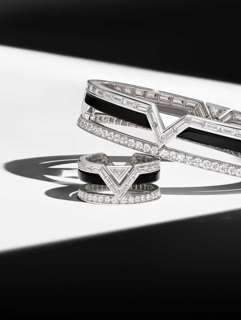 LOUIS VUITTON「Pure V」系列高級珠寶,鑽石與縞瑪瑙手鐲╱4,080,000元;鑽石與縞瑪瑙戒指╱價格店洽。(圖╱LOUIS VUITTON提供)