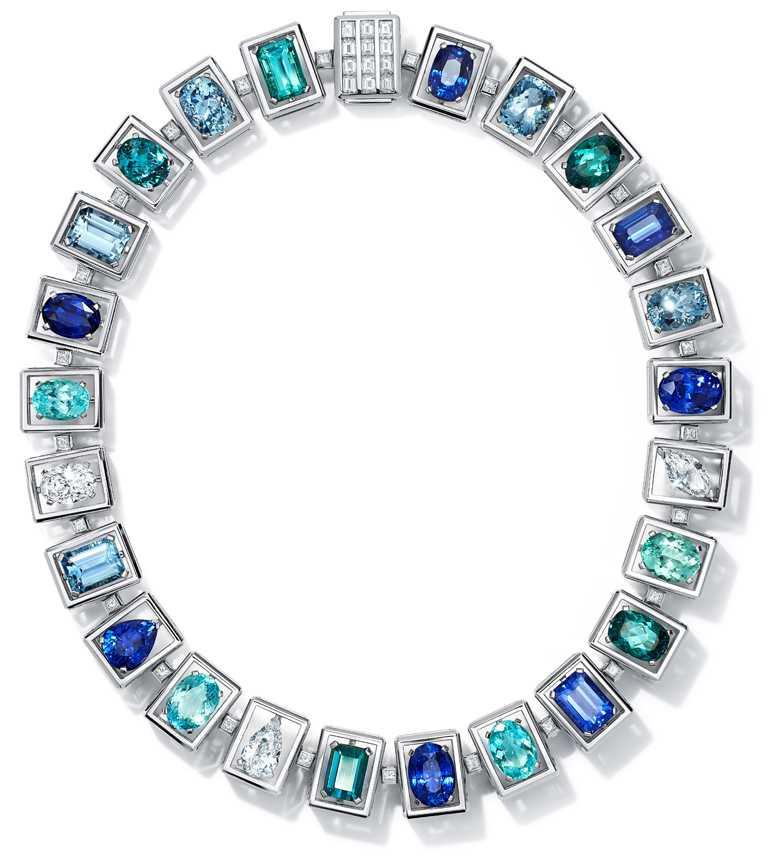 TIFFANY & CO.高級珠寶系列,鉑金鑲嵌藍寶石、海水藍寶、碧璽與鑽石項鍊。(圖╱TIFFANY & CO.提供)