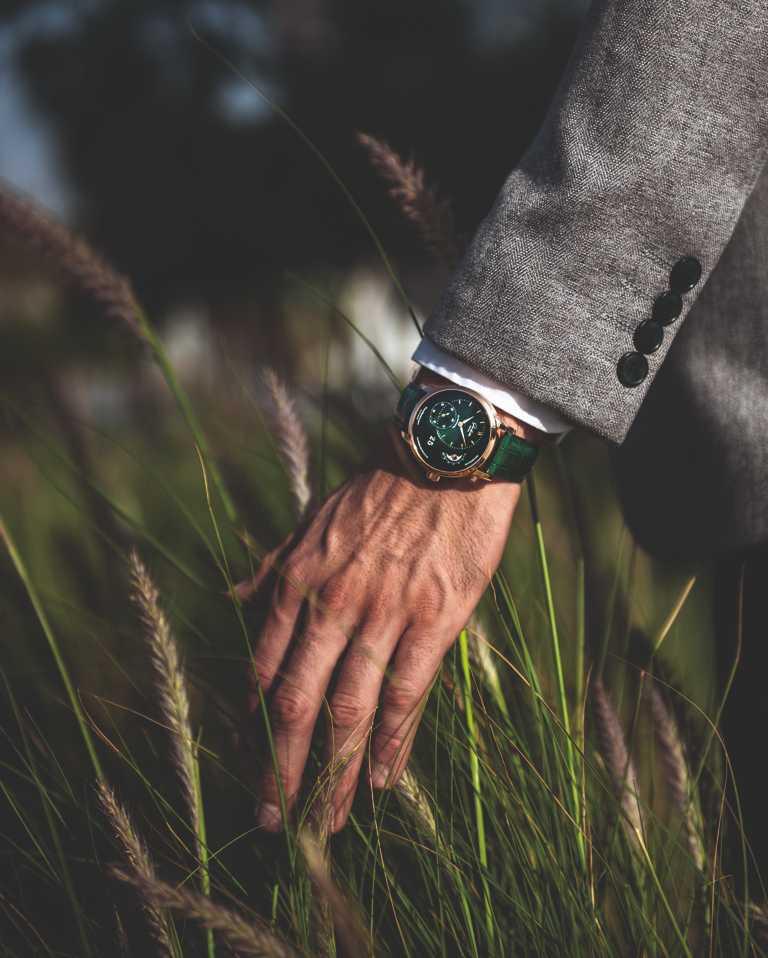 Glashütte Original「PanoMaticLunar」偏心月相腕錶╱692,000元。(圖╱Glashütte Original提供)