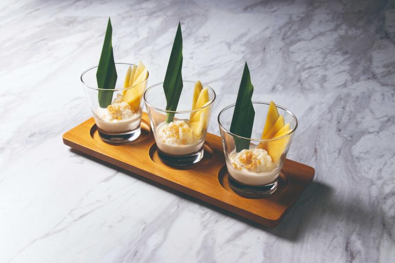 南洋泰式的香蘭鮮果米布丁。