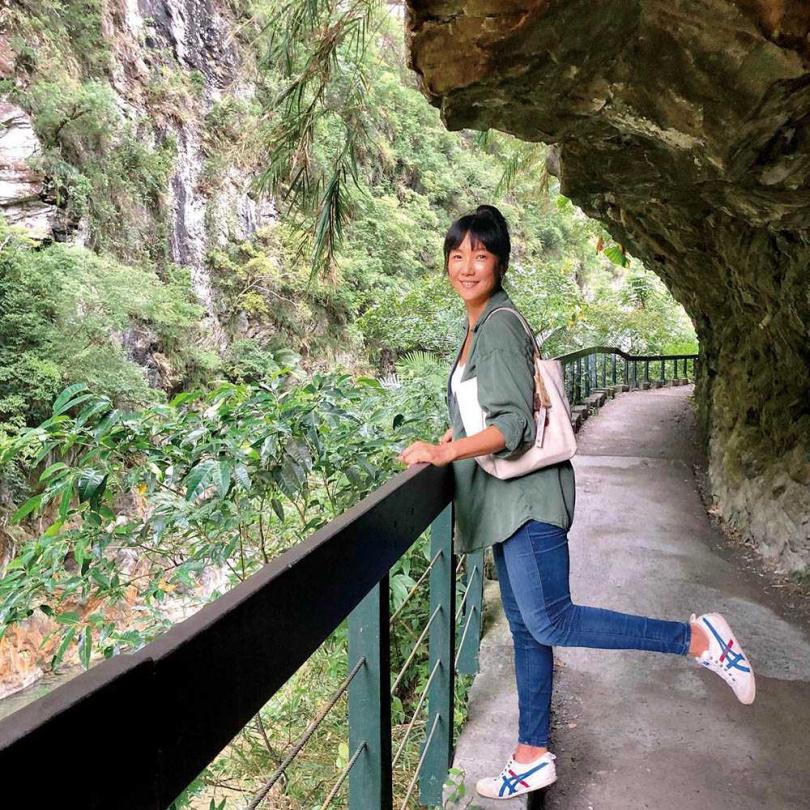 一向愛海勝於山的張本渝,透過這次旅程,更懂得欣賞山林之美。(圖/傑星傳播提供)