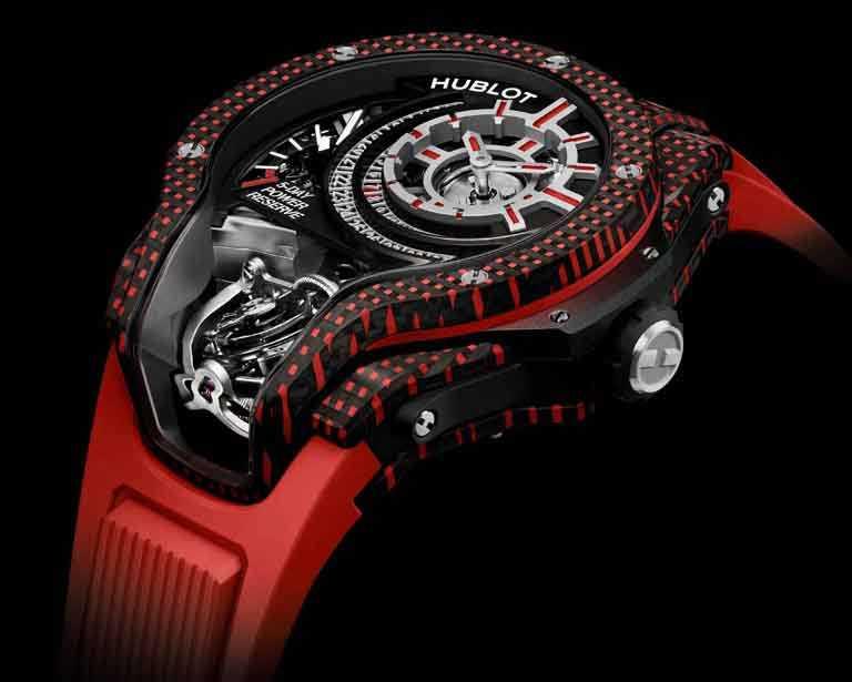 HUBLOT「MP-09 Tourbillon Bi-Axis 5 Days Power Reserve 3D Carbone」雙軸陀飛輪3D彩色碳纖維腕錶,49mm,紅色碳纖維錶殼,限量8只╱6,213,000元。(圖╱HUBLOT提供)