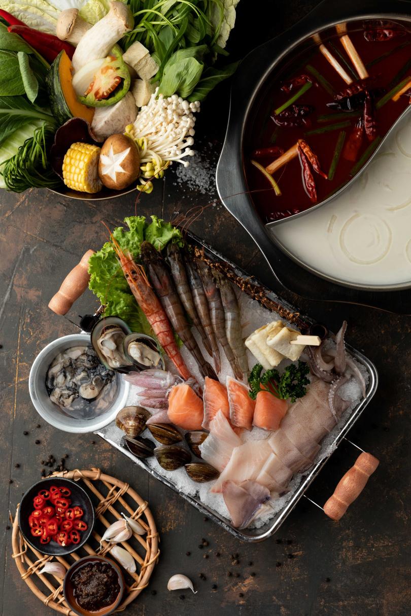 釜山豪華海鮮鍋($788)(圖/業者提供)