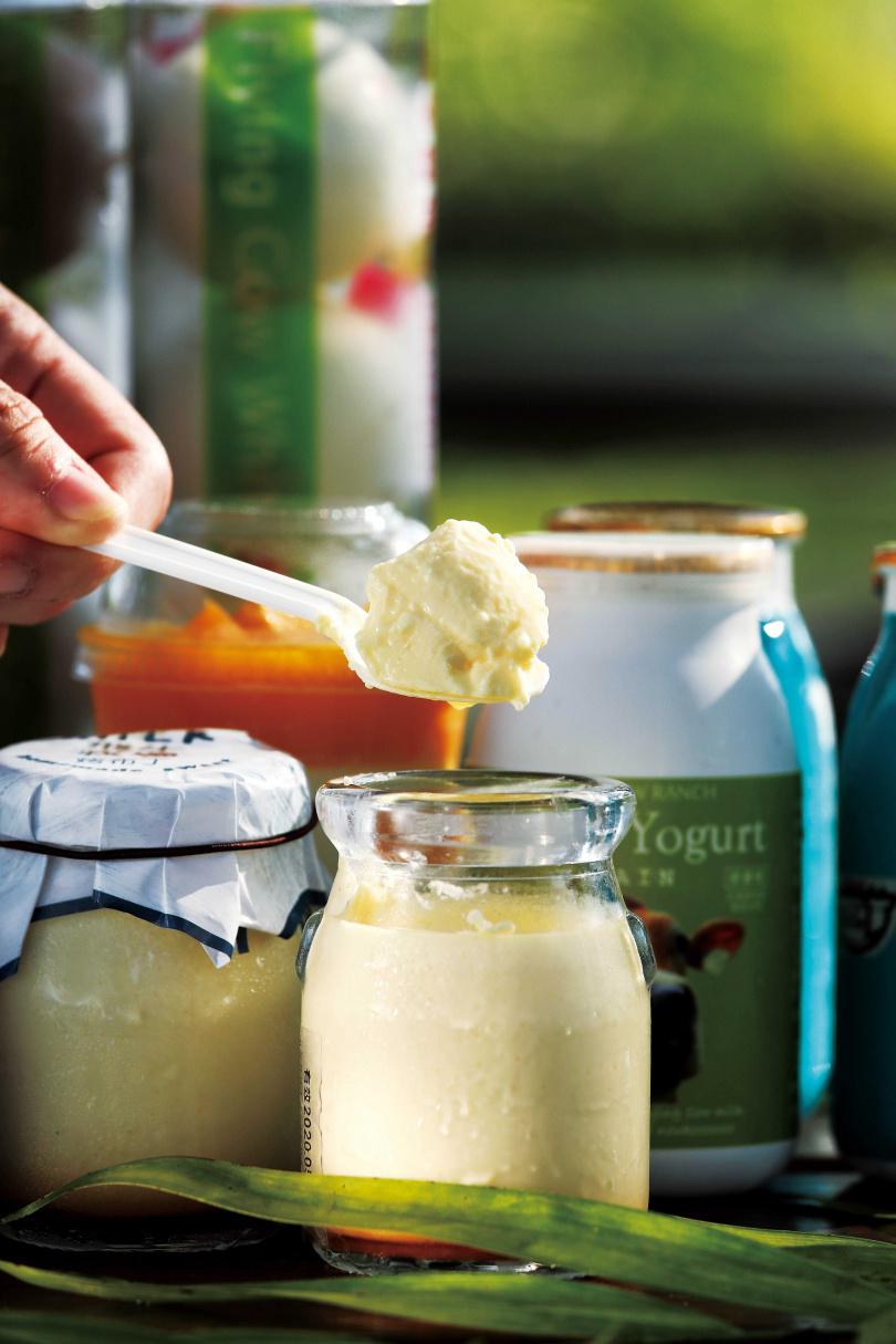「手作烤布丁」乳香濃郁,是「飛牛牧場」最有人氣的伴手禮。(65元)(圖/于魯光攝)