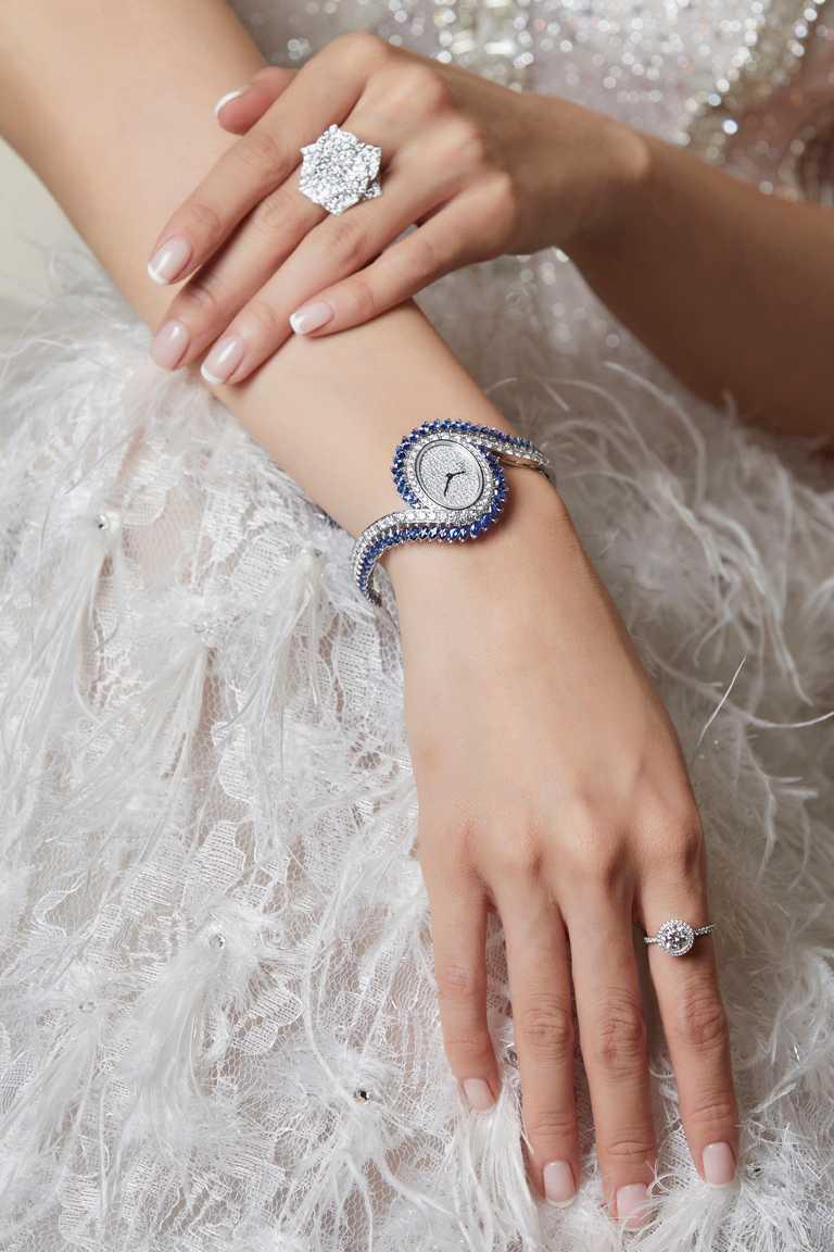 PIAGET「Limelight Gala系列」藍寶石及鑽石頂級珠寶腕錶╱11,500,000元。(圖╱PIAGET提供)
