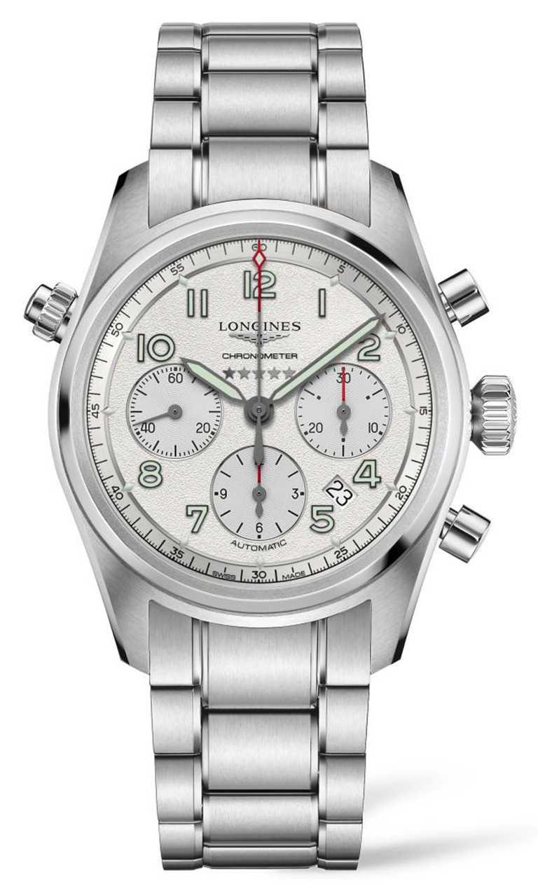 LONGINES「Spirit先行者」系列計時碼錶,不鏽鋼錶殼、錶鍊,磨砂霧銀錶盤,L688.4型導柱輪計時碼錶機芯,42mm╱100,300元。(圖╱LONGINES提供)