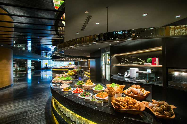 圖為「晶華酒店栢麗廳自助餐廳」。