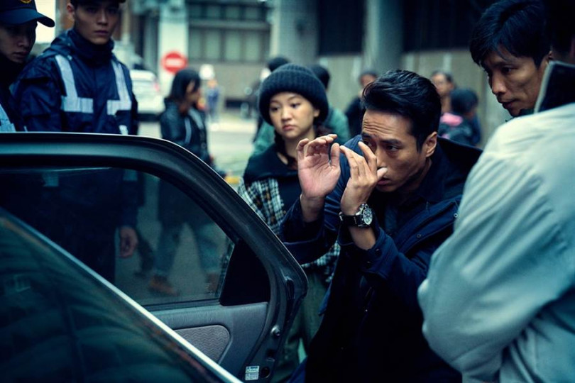 莊凱勛在電影《緝魔》拍攝現場。(圖/華映提供)