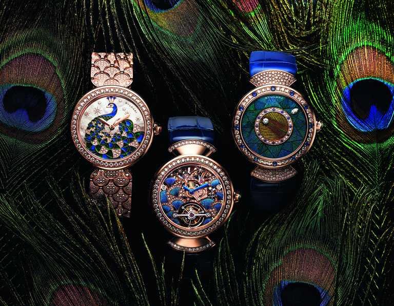 BVLGARI「Divas' Dream」系列「Peacock孔雀」主題腕錶,(左)「Divas' Dream Peacock Diamonds」玫瑰金鑽石腕錶╱2,929,000元;(中)「Divas' Dream Peacock Tourbillon Lumière」孔雀陀飛輪腕錶,限量10只╱4,680,000元;(右)「Divas' Dream Peacock Dischi」孔雀腕錶,限量50只╱1,998,000元。(圖╱BVLGARI提供)