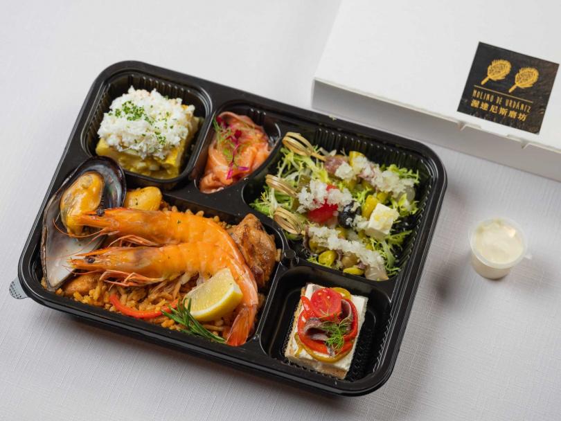 「星級外帶餐盒」主食:西班牙海鮮烤飯。(480元)