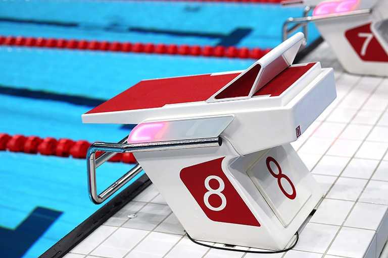 OMEGA游泳觸摸板。(圖╱OMEGA提供)