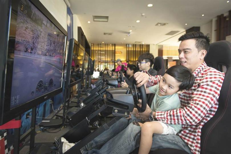 大人、小孩都愛挑戰的「GT Sport飆風假期」。