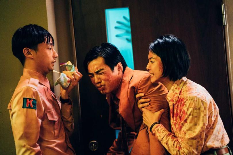 賴雅妍(右)與禾浩辰繼《等一個人咖啡》後再度合作。(圖/華映娛樂提供)