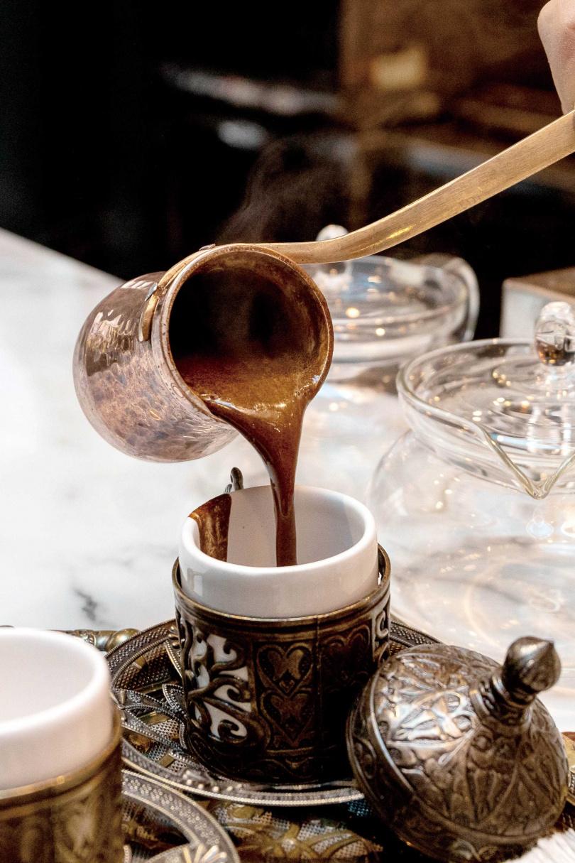 未經過濾的土耳其咖啡,濃稠度極高。(圖/焦正德攝)