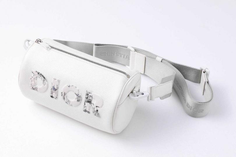 DIOR × Daniel Arsham Roller郵差袋/48,000元(圖/戴世平攝)