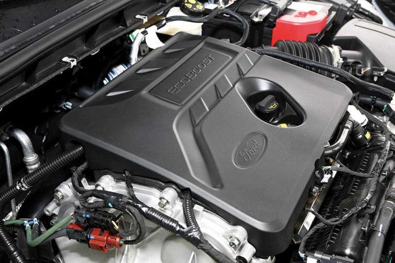 採用1.5升直列三缸渦輪增壓汽油引擎,可輸出182匹最大馬力與24.5公斤米的峰值扭力。(圖/王永泰攝)