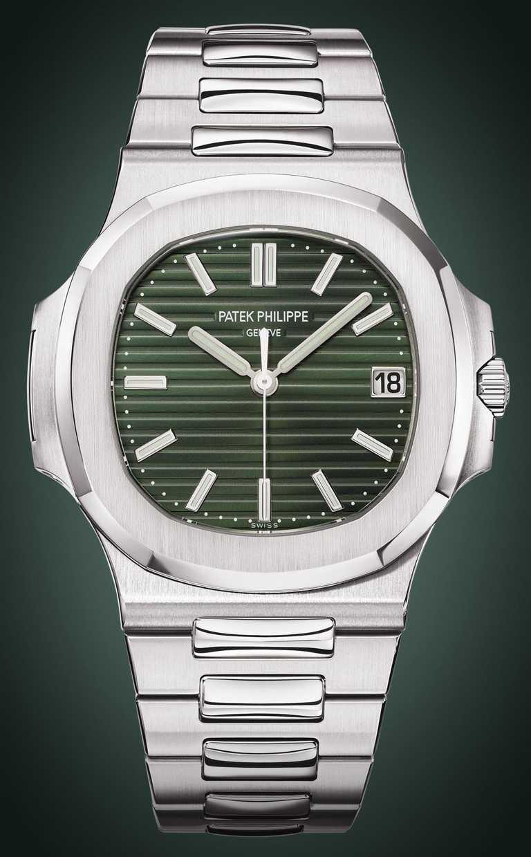 每只PATEK PHILILPPE「Nautilus金鷹」系列腕錶皆經過55道手工潤飾,精工拋光與磨拭效果,貫徹錶環、錶殼及錶鍊。(圖╱PATEK PHILILPPE提供)