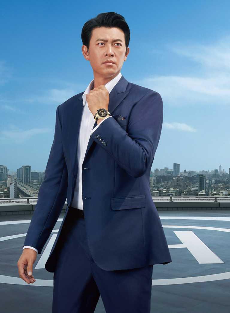 王建民佩戴CITIZEN「光動能GPS衛星對時」腕錶「HAKUTO-R」限定款,率性展現『敢超越』的人生信念。(圖╱CITIZEN提供)