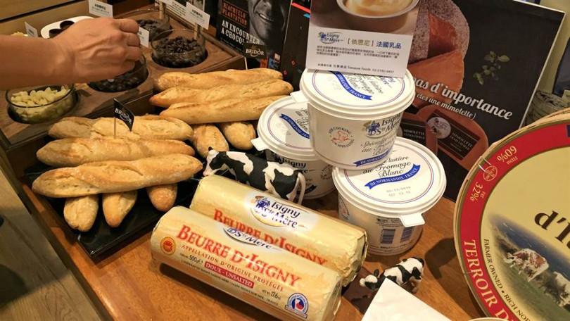▲隨烘焙業的帶動,國人對法國乳製品逐年青睞,台灣的奶油進口量居全亞洲第二。(攝影/楊麗雯)
