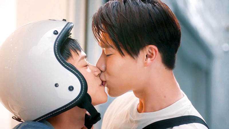 宋偉恩與黃雋智搭檔演出的BL劇《那一天》,風靡亞洲腐女。(圖/LINE TV提供)