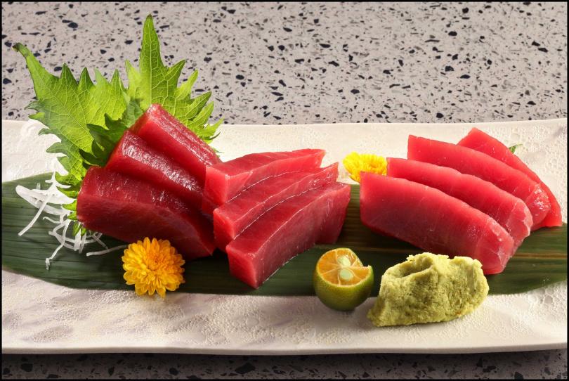 泛紅泛亮的黑鮪魚肉,令人食指大動。(圖/饗賓餐旅)